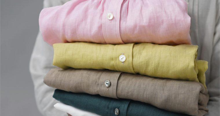 リネンシャツという、大人の新しい選択?!シャツだとキメすぎ、Tシャツだとカジュアルすぎ…しわのあるリネンこそ最善の素材!