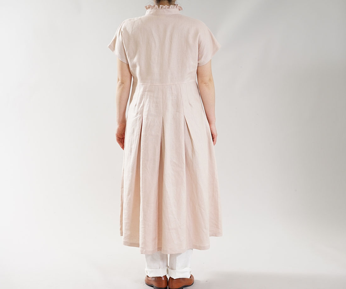 wafu わたぬき服装 わふ ワフ 中厚 リネン ワンピース ピンタック フリル ドルマン フレンチスリーブ タックスカート ドレス ミスティーローズ free a090a-mrs2 ワンピース リネンワンピース リネン 麻 麻ワンピース 麻ワンピ リネンワンピ 半袖 半袖ワンピース 半袖ワンピ 半そでワンピース 半そでワンピ はんそで 半そで 半端袖 ミモレ丈 ミモレワンピース 膝下丈 ひざ下丈 スタンドカラー 立て襟 シャツワンピース スキッパー シャツワンピース シャツワンピ フレア フレアワンピース タック タックデザイン ピンタック すっきり 無地 無地ワンピ 無地ワンピース ピンク 淡い ライトピンクトレンド 旬 着こなし 春 夏 秋 冬 レディース wafu 新作