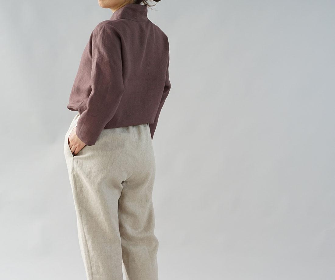 wafu わたぬき服装店 中厚 リネントップス 禅 着物襟 ドルマンスリーブ 先染め リネン100% 九分袖 リネン ブラウス チュニック / 小豆色 あずきいろ トップス カットソー Tシャツ リネン 麻 リネントップス 麻トップス 長そで 長袖 ながそで 長袖カットソー 長そでトップス 長袖トップス ロング袖 Vネック Vスリットネック  スリット入 変形 禅 禅シリーズ 着物衿 変形襟 無地 無地トップス 無地カットソー 小豆 茶色 あずき ブラウン モカ チャコール トレンド 旬 着こなし 春 夏 秋 冬 レディース wafu 新作