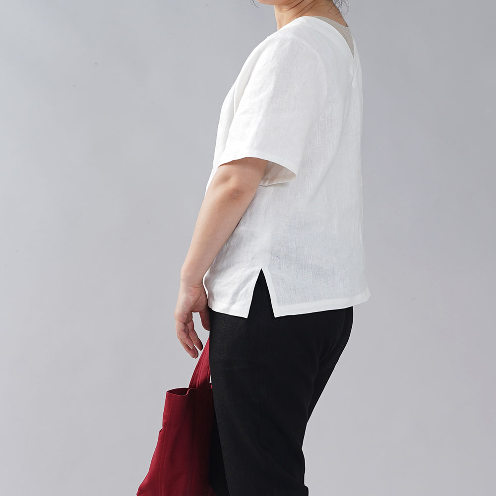 【wafu 入門編】中厚 リネン トップス 半袖 2way 前後逆 丸首 Vネック 半袖 ブラウス サイドスリット Aライン/ホワイト【free】t022c-wht2