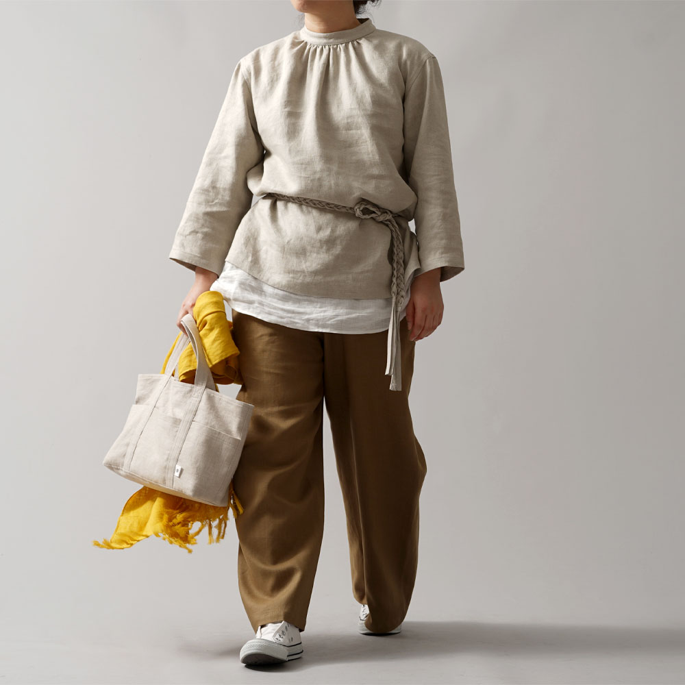 【wafu premium linen】スタンドカラー ブラウス wafu史上最高の上質リネン 高密度リネン プレミアム リネン リネントップス/フラックス【M-L】t045a-flx2